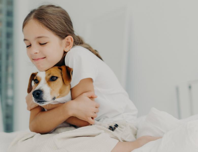 10 RAISONS POUR LESQUELLES LES ANIMAUX DE COMPAGNIE SONT BONS POUR LES ENFANTS